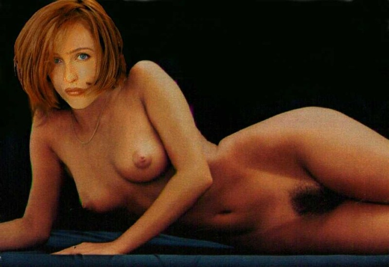 Gillian anderson sexy scene in sex education
