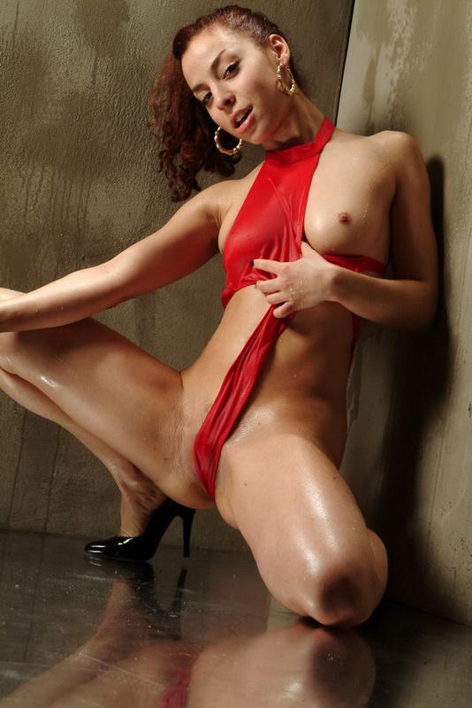 Image URL: http://st.mega-xxx.biz/gthumb/1/1610/2.jpg  Click to view this fusker