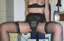 Жаждущие секса женщины красуются на камеру