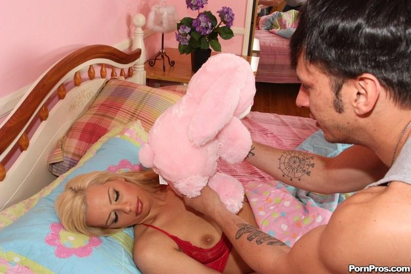 Порно дождался пока мама уснет