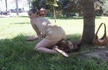 Голые телки на улице xxx фото