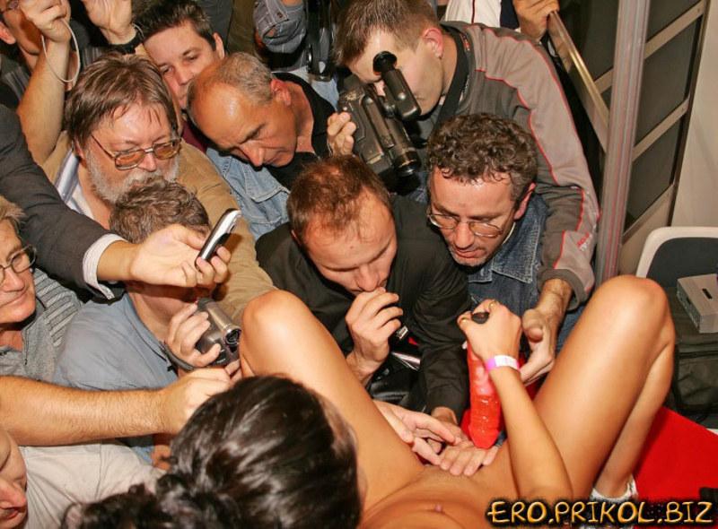 Интим на вечеринках