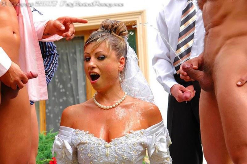 Жена делает минет у друга на свадьбе кажется