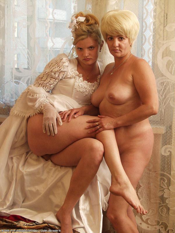 сексуальные рассказы мам и дочерей невест