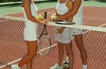 Теннисная тренировка закончилась групповым трахом