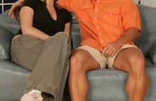 Загорелый мужик совокупляется с обаятельной женщиной