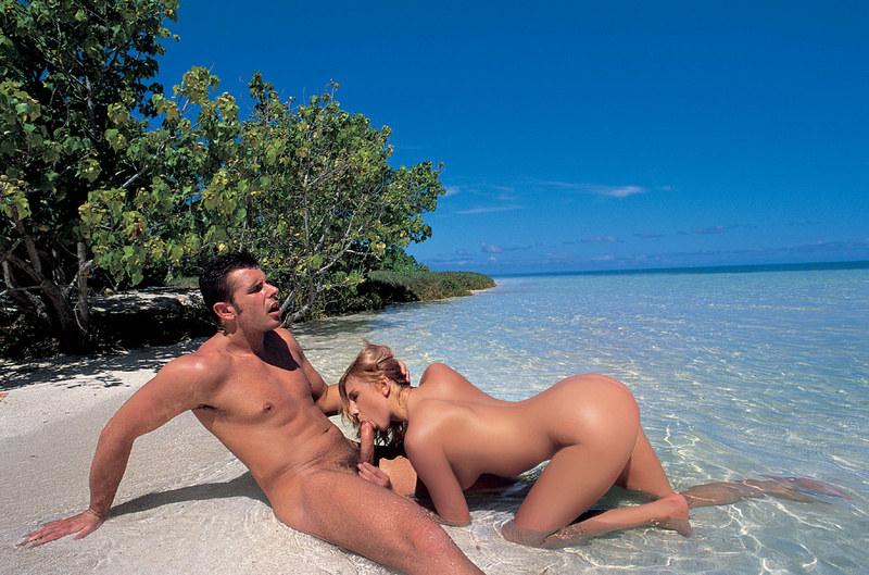 трах фото на пляже