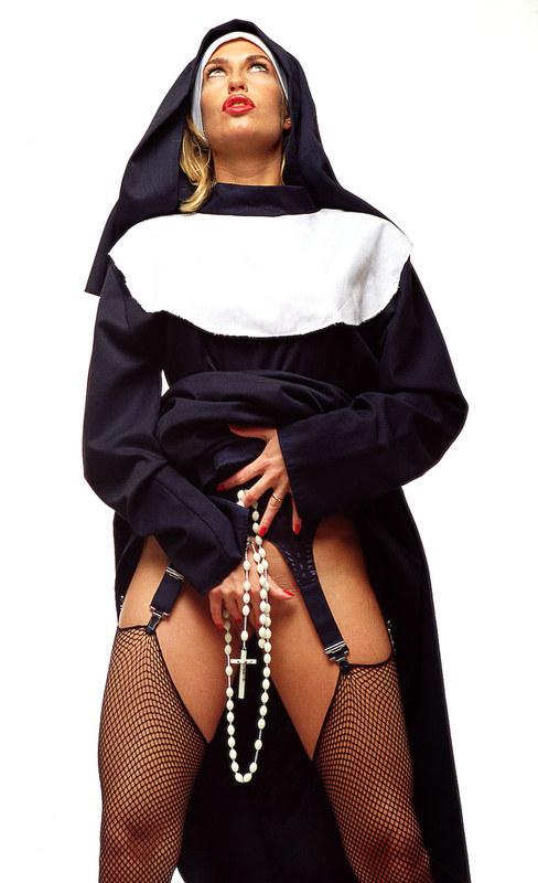 Монашка развратная фото