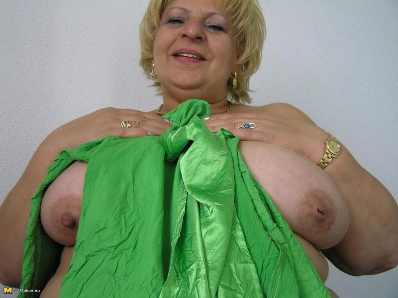 архив фото жирних старих мамаш