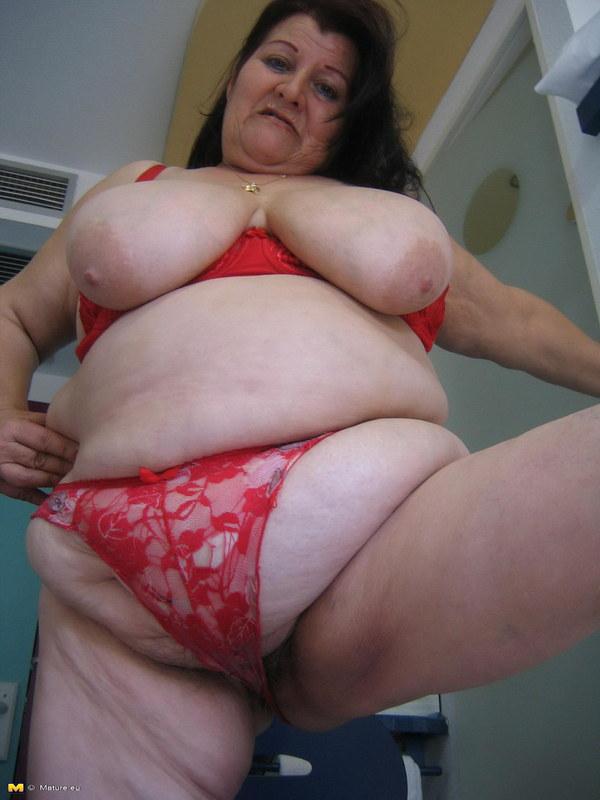 Порно фото очень жирные офицыантки фото 250-238