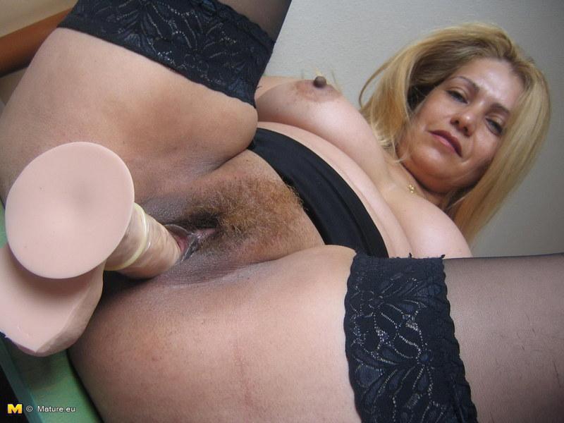 zrelie-vagini-krupno-masturbatsiya
