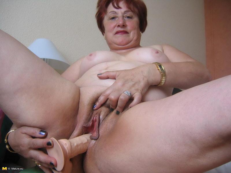 Смотреть старые онлайн проститутки
