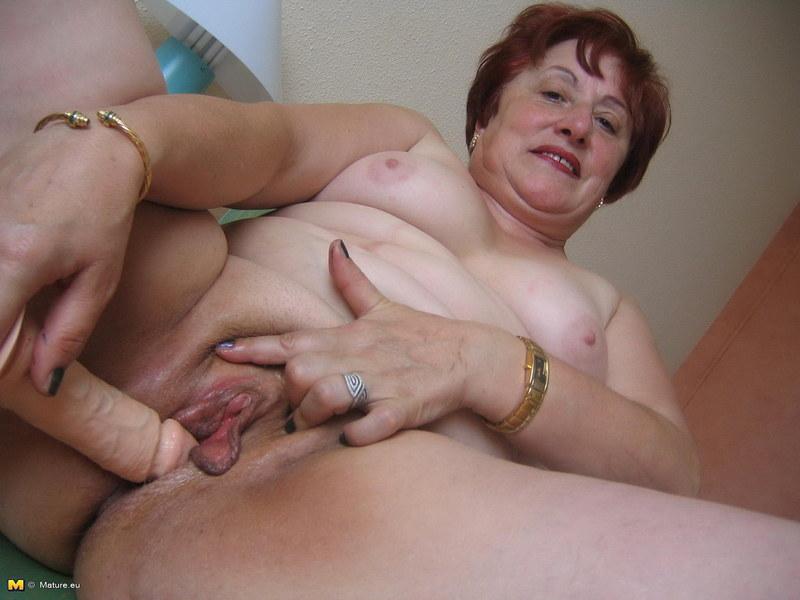 толстые лесбиянки очень клитором старые с большим