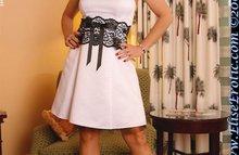Дамочка в шикарном платье