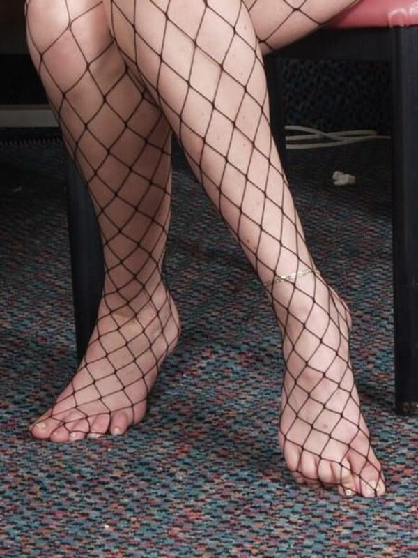 Женские порно фото ножки в сланцах