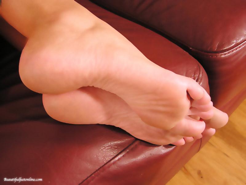 Форум женские ножки фут фетиш что