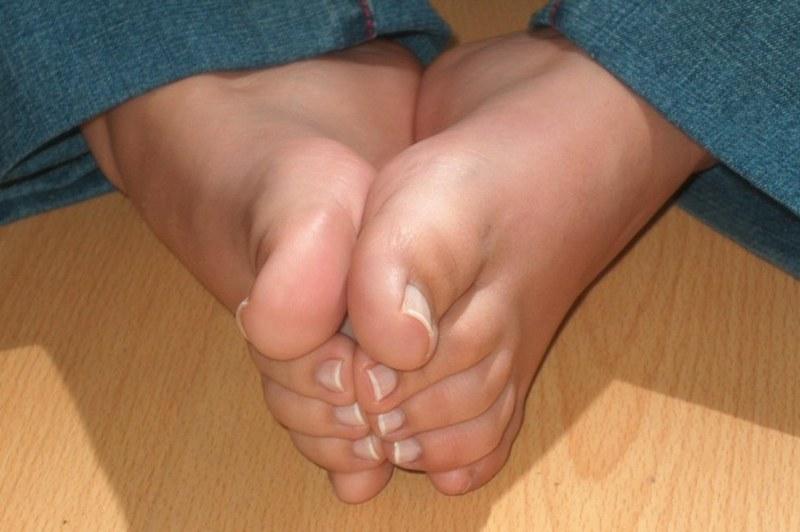 Пальчики ног фетиш считаю