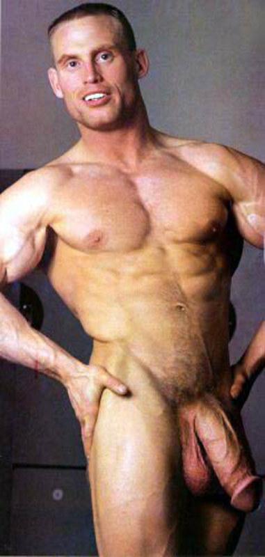 Покажите голых мужчин с большими пенисами на фото 6