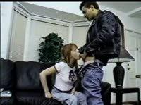 Девушка знакомится с парнем