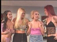 Четыре девчонки дружны и одинаково пошлы