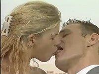 К поцелую куннилингус прилагается