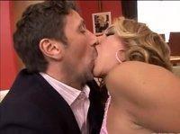 С поцелуя на минет и на анальный секс