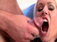 Телки ртами ублажают головки