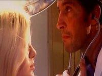Доктор трахается с милой блондинкой в кабинете