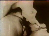 Оральное винтажное видео влюбленных голубков