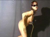 Горячее женское тело жаждет ласк