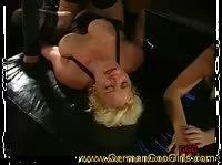 Блондинка оказалась страстной и ненасытной