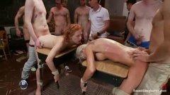 Две девицы оказались секс рабынями толпы извращенцев