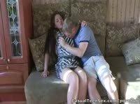 Русская очень быстро согласилась на секс